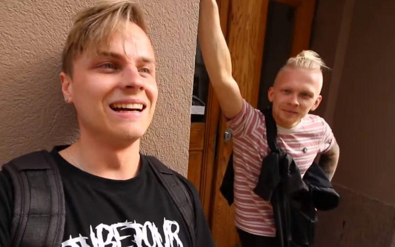 Mikirotta ja Boheemi toteutti älyttömän haasteen, kun tubettaja kaksikko tallusti Espoosta Helsinkiin takaperin kävellen.
